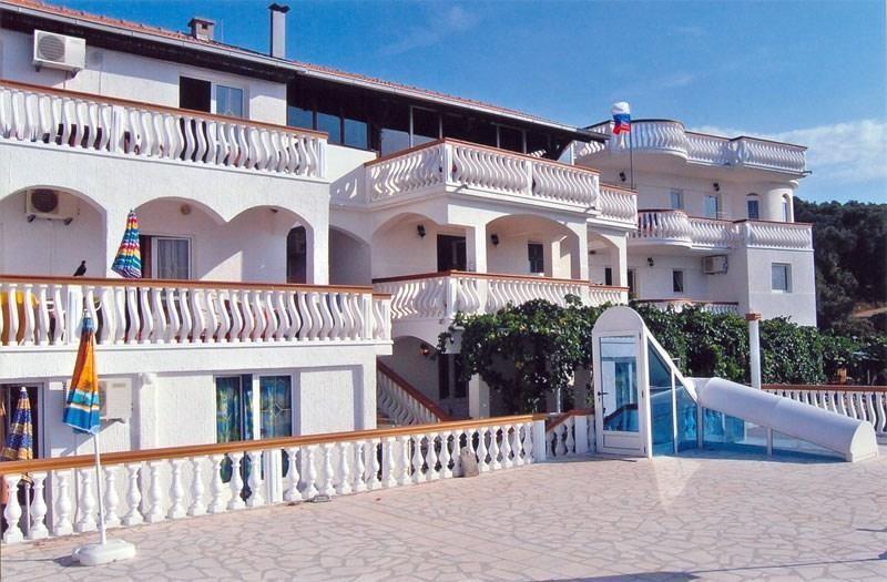 https://img.fischer.cz/hotels/cerna-hora/pobrezi/ulcinjska-riviera/M-0431_slika-800-k-27_web-jpg.jpg