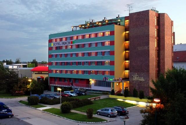 HOTEL PANON - Rekreační pobyt pokoje 4 - Hodonín