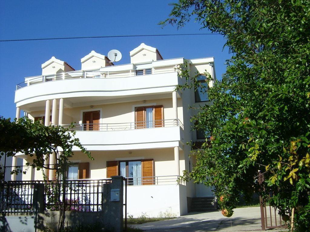 DADA villa
