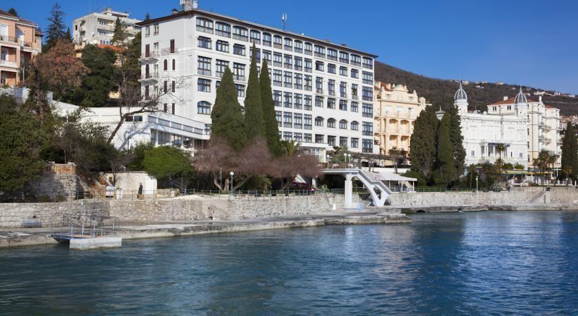 REMISENS KRISTAL hotel