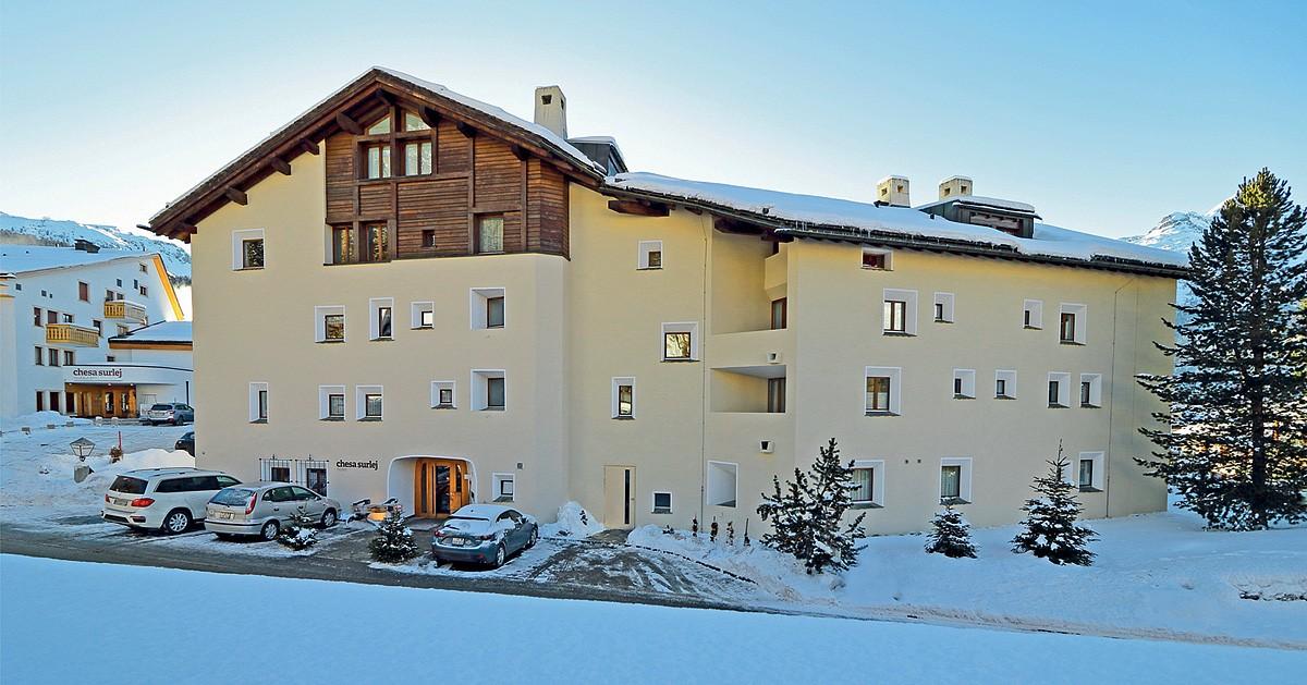 HOTEL CHESA SURLEJ